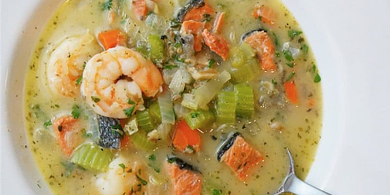 recipe-roundup-triple-seafood-chowder